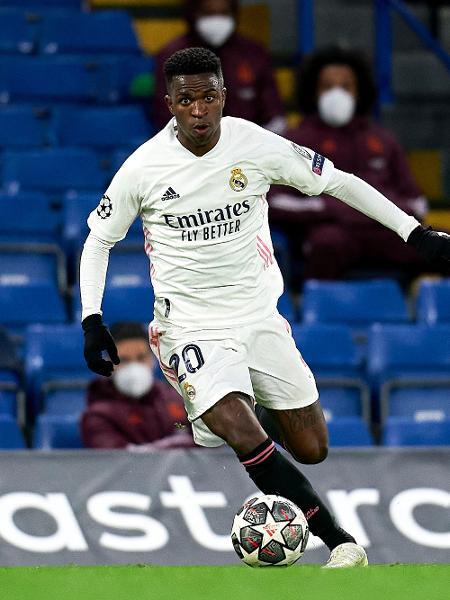 Vinicius Jr. em ação durante a semifinal entre Chelsea e Real Madrid, pela Liga dos Campeões - Getty Images