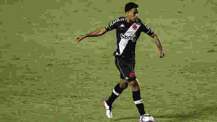 Miranda, zagueiro do Vasco - Thiago Ribeiro/AGIF - Thiago Ribeiro/AGIF