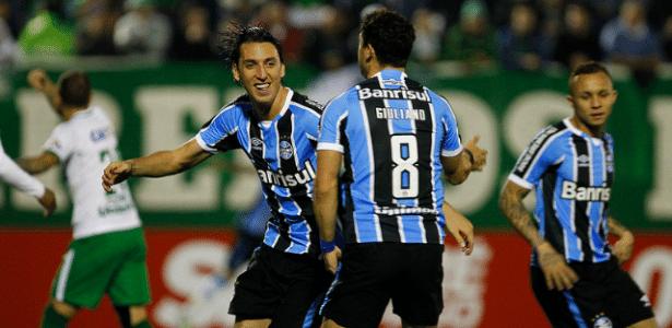 Pedro Geromel é base para a movimentação defensiva e sem ele o Grêmio sofre