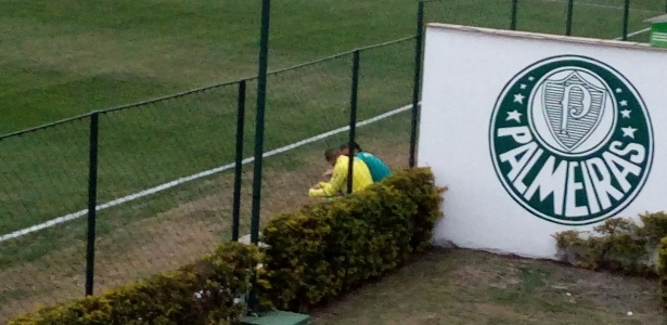 Vitor Hugo foi o jogador aconselhado por Cuca depois do treino desta quinta-feira - José Edgar de Matos/UOL Esporte