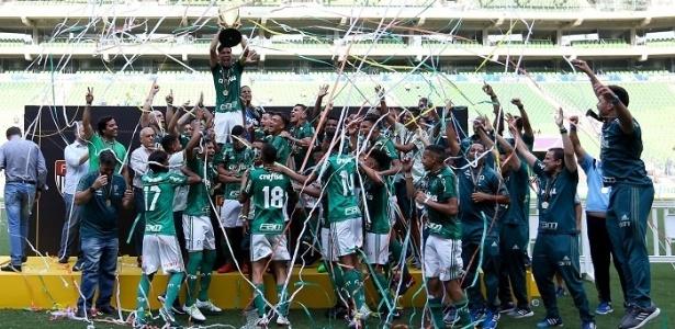Palmeiras comemora título do Campeonato Paulista sub-15