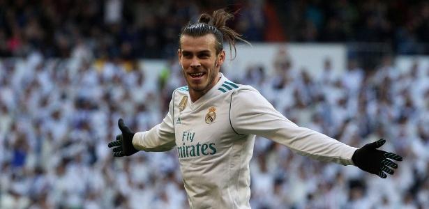 Gareth Bale comemora após marcar pelo Real Madrid contra o La Coruña