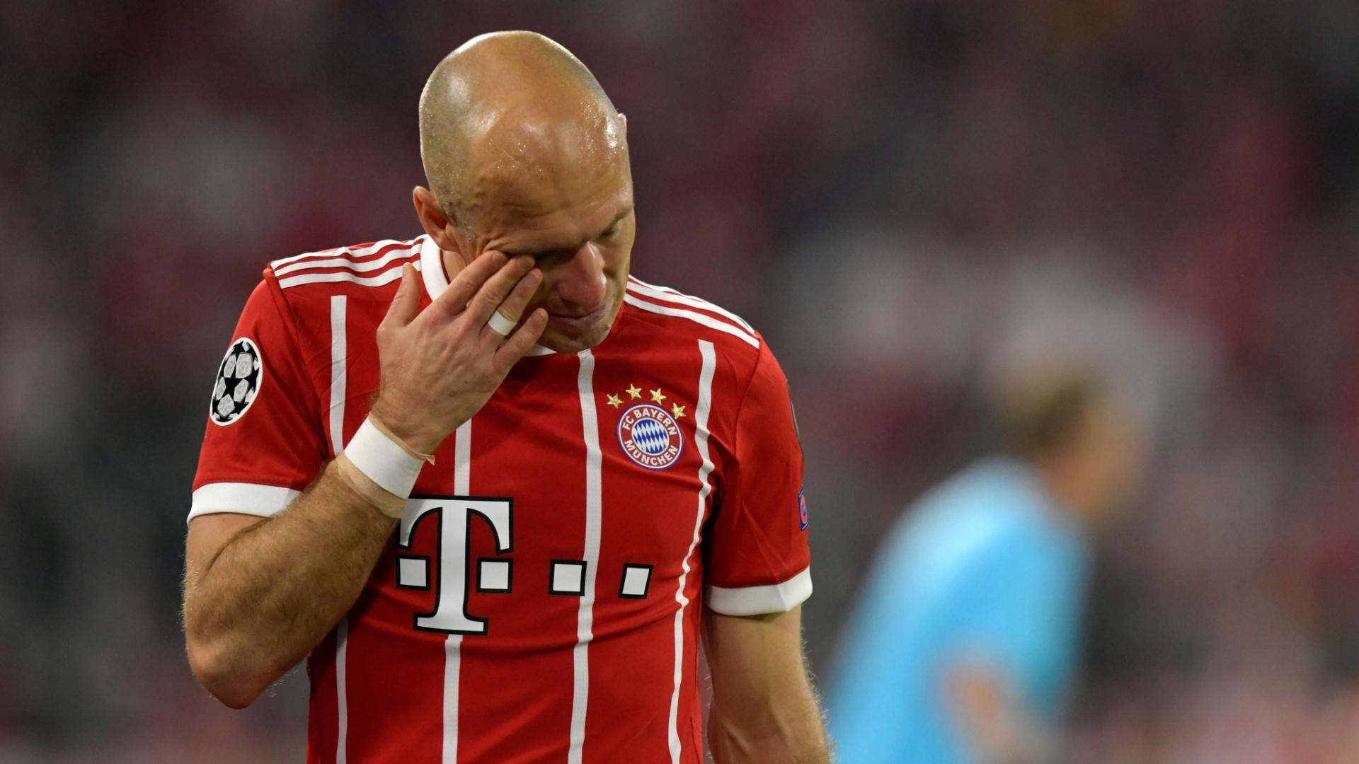 Robben se lesiona e deixa o campo em Bayern de Munique x Real Madrid, pela Liga dos Campeões