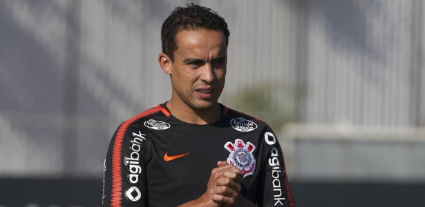 Jadson pode ser desfalque do Corinthians na partida deste sábado, contra o Bahia - Daniel Augusto Jr/Agência Corinthians