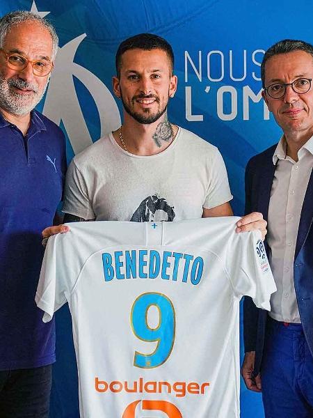Benedetto em sua apresentação no Olympique de Marselha - Divulgação/Olympique de Marselha