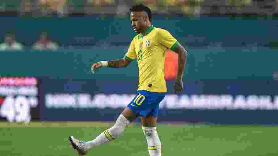 Neymar, durante partida entre Brasil e Colômbia - Pedro Martins / MoWA Press