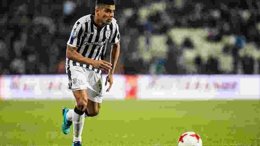 Léo Matos, lateral-direito do PAOK, da Grécia - Sebastian Frej / MB Media