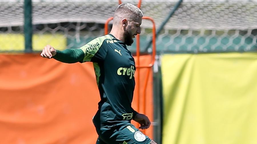Zé Rafael durante o treino do Palmeiras nesta terça (23), na Academia de Futebol - Fábio Menotti/ Palmeiras