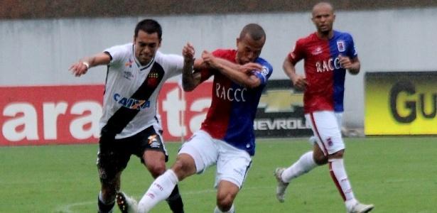 Júnior Dutra teve o contrato rescindido com o Vasco