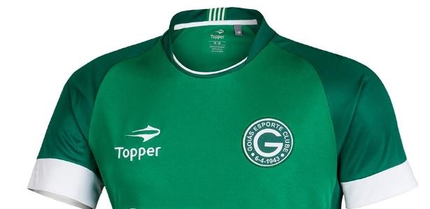 Fabricada pela Topper, a nova camisa do Goiás custa em torno de R$ 229,99