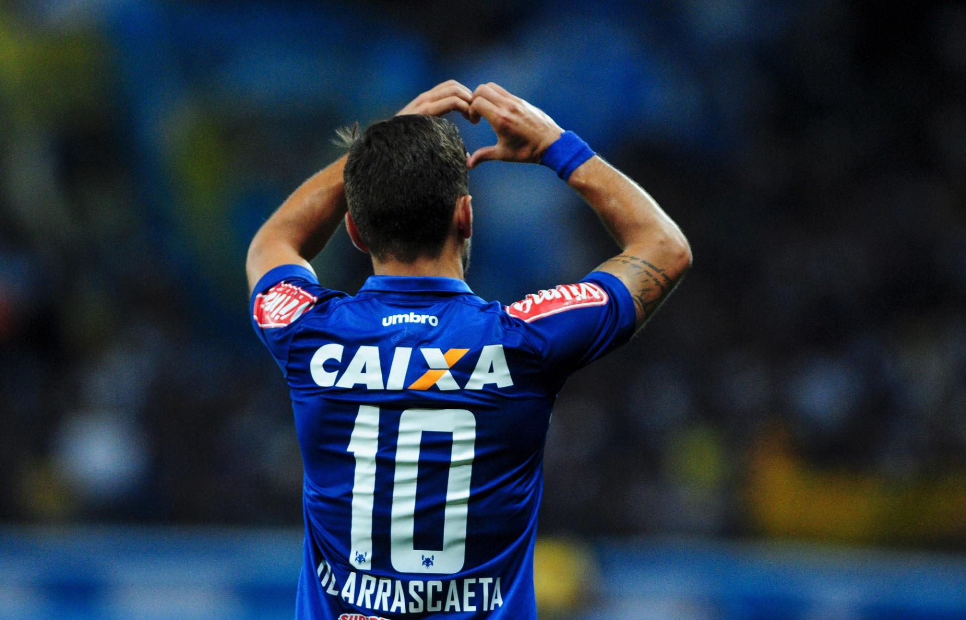 Cruzeiro vence América-MG e volta à final do Mineiro contra o Atlético-MG -  23 04 2017 - UOL Esporte cfef98bb76919