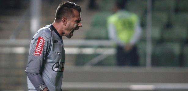 Apesar do revés para o Grêmio, Victor comemora marca relevante pelo Atlético-MG