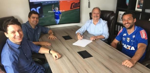 Fred e Cruzeiro se reuniram no final de dezembro, horas depois da rescisão com o Atlético