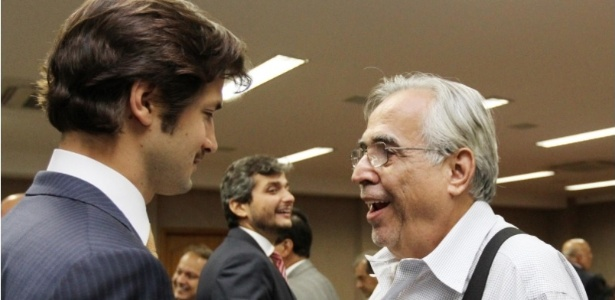 Flávio Zveiter, filho de Luiz, é cortejado por Eurico em sua posse no STJD em 2012