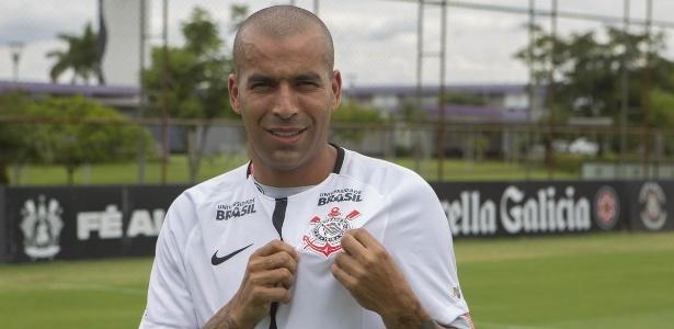 Emerson Sheik voltou ao Corinthians depois de passagens por Flamengo e Ponte
