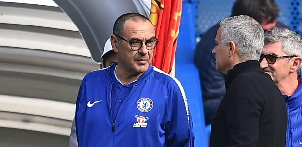 Sarri brincou sobre a situação de Mourinho: torcida, menos no Chelsea - Glyn Kirk/AFP