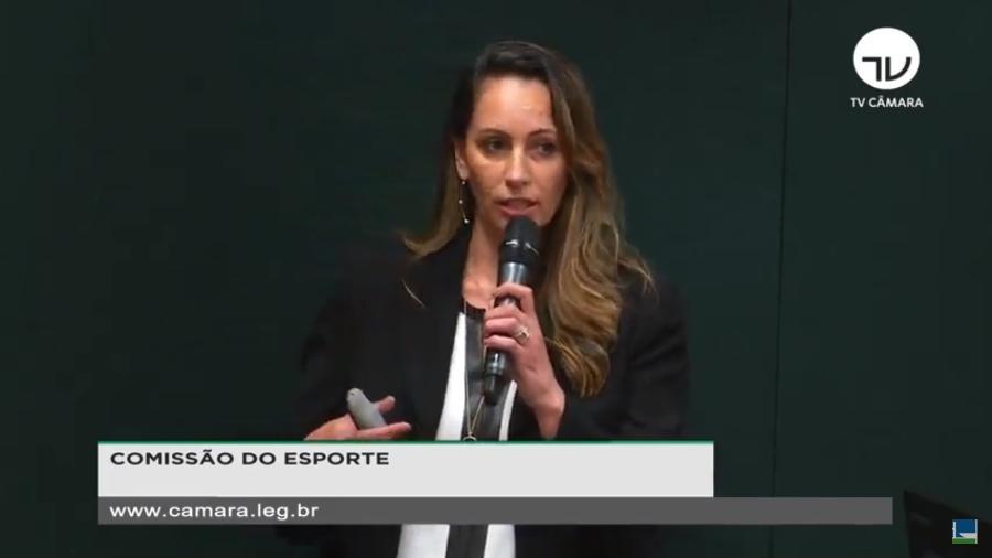 Ana Paula Henkel fala à Comissão do Esporte da Câmara dos Deputados - TV Câmara/Reprodução