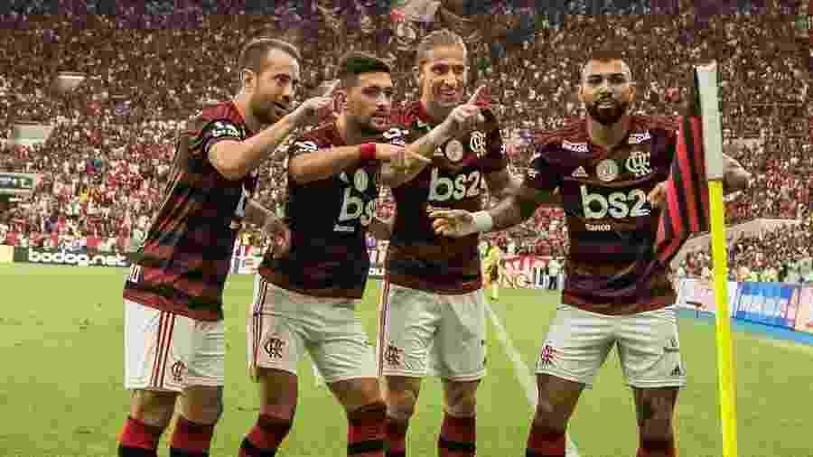 Jogadores do Flamengo comemoram na vitória sobre o Palmeiras - Alexandre Vidal / Flamengo