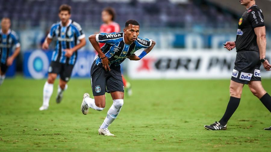 Léo Chú testou positivo para covid-19 e desfalca o Grêmio - Lucas Uebel/Grêmio
