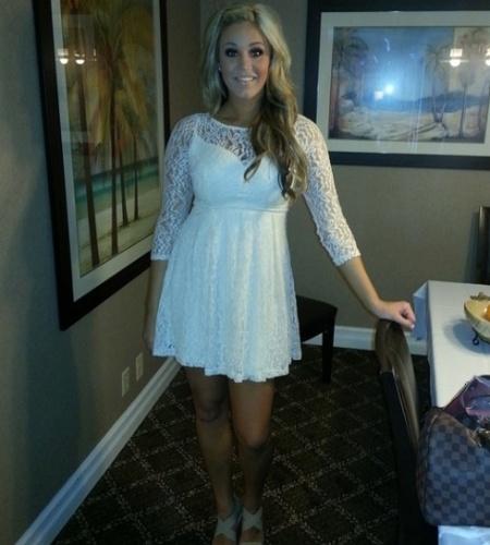 Cameron Howard, namorada de Louis Vasquez, do Denver Broncos