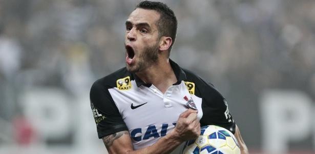 Renato disputou 49 jogos pelo Corinthians em 2015, com sete gols marcados