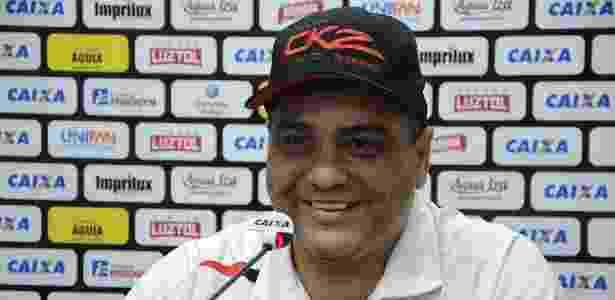 Marcelo Cabo é esperado nesta quarta pelo Atlético-GO para uma reunião - Marcelo Cabo, técnico do Atlético-GO