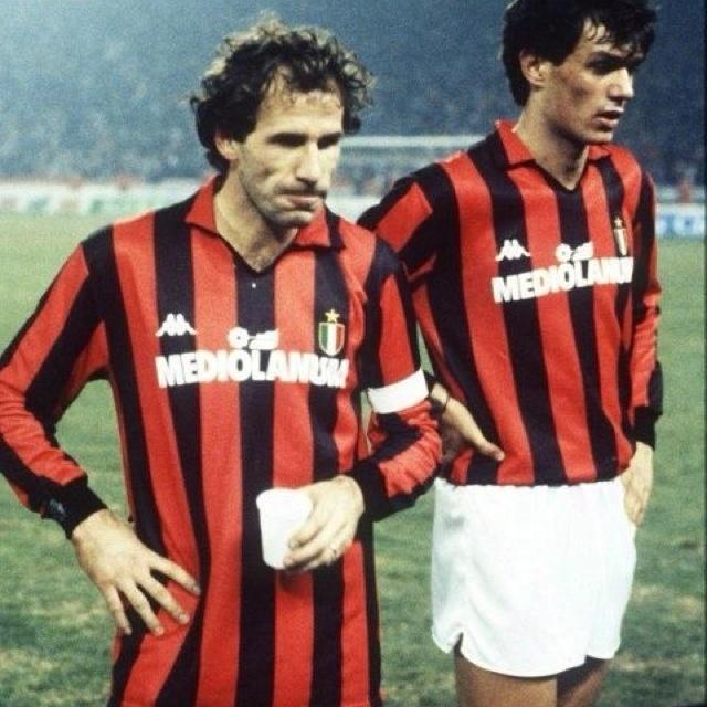 Baresi e Maldini, do Milan: ícones do futebol de defesa da Itália nos anos 90