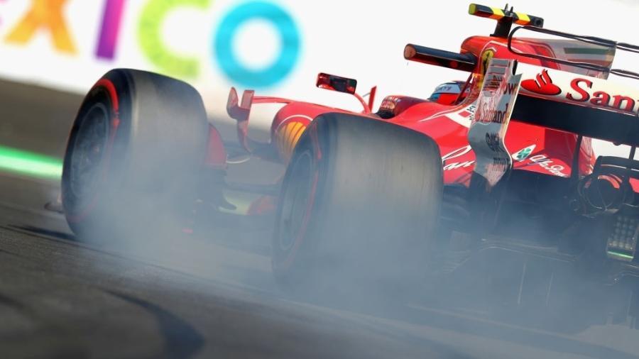 Kimi Raikkonen, da Ferrari, nos treinos livres do GP do México - Clive Rose/Getty Images