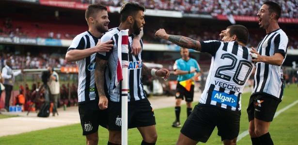 Gabriel Barbosa, Sasha e companhia dividem os gols do Santos nesta temporada