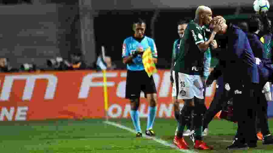 Palmeiras vem de goleada sobre o Santos no Campeonato Brasileiro - Alan Morici/AGIF