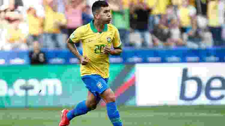 Roberto Firmino anotou o segundo gol da seleção brasileira diante do Peru - Miguel Schincariol/AFP