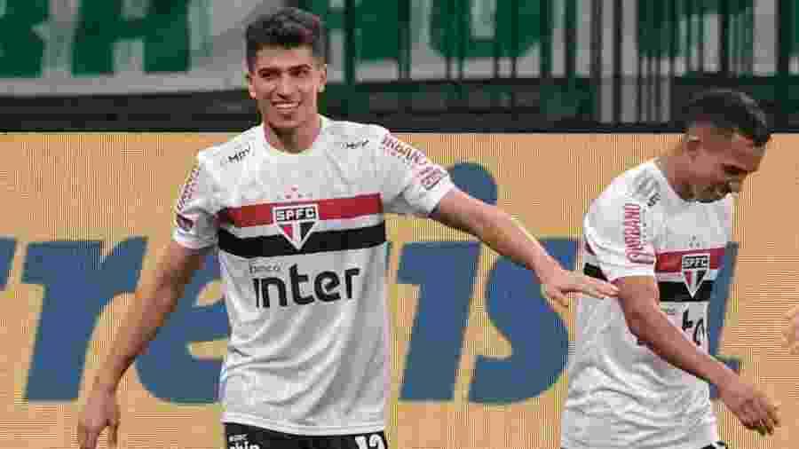 Vitor Bueno, do São Paulo, comemora seu gol no clássico contra o Palmeiras, pelo Brasileirão - Marcello Zambrana/AGIF