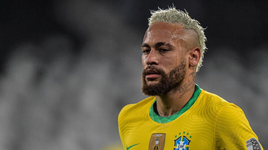 Neymar durante a partida entre Brasil e Colômbia pela Copa América 2021 - Thiago Ribeiro/NurPhoto via Getty Images