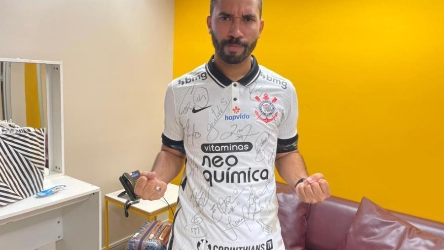 Corinthians parabeniza Gil do Vigor - Instagram
