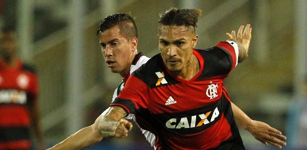 Guerrero deverá ser titular do Flamengo contra o Palestino, do Chile - CLAUDIO REYES/AFP