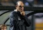 Santos aguarda Ricardo Gomes para assinar contrato e adia reunião com Jair - Friedemann Vogel/Getty Images