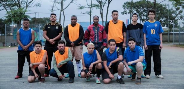 O time do Meninos Bons de Bola, a primeira equipe de transexuais do país