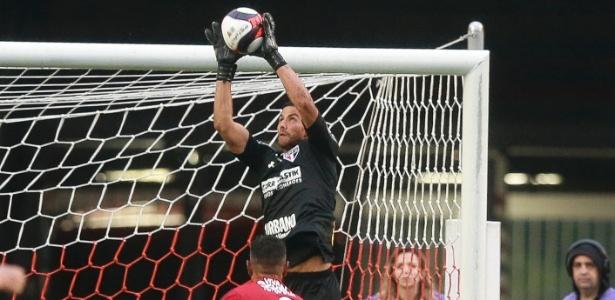 Renan Ribeiro durante partida do São Paulo contra o Ituano