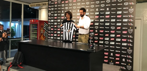 Valvídia é apresentado como reforço do Atlético-MG para a temporada 2017