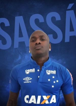 Cruzeiro oficializou a contratação do atacante Sassá, que estava no Botafogo