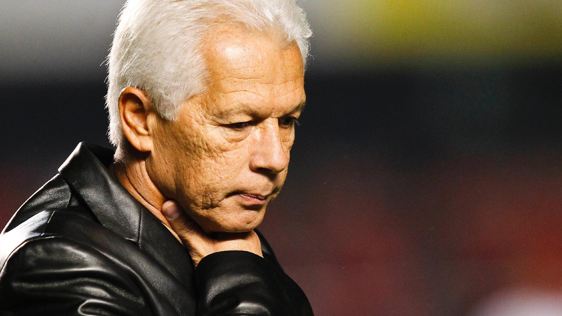 Emerson Leão, técnico do São Paulo em 2012