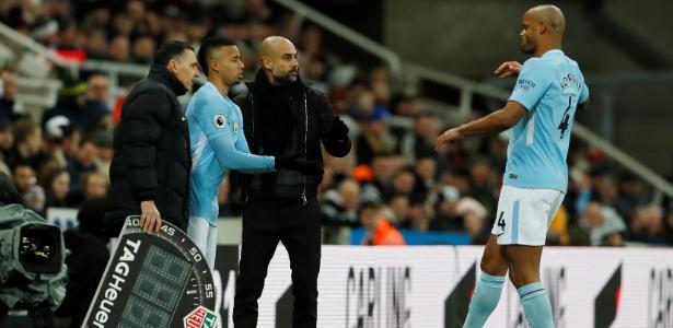 Gabriel Jesus entra em jogo do Manchester City contra o Newcastle