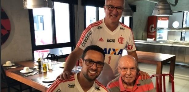Zagallo posou para foto com técnico Dorival Júnior ao conhecer novo CT do Flamengo - Divulgação/Flamengo