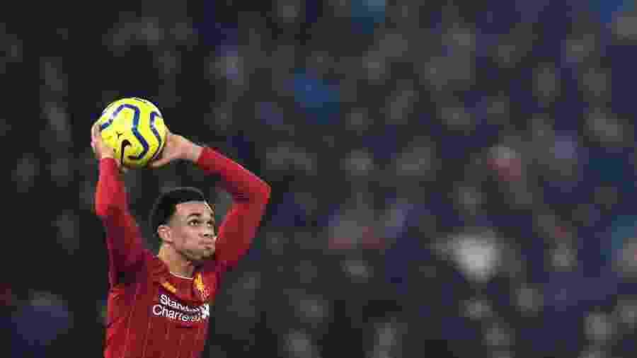 Trent Alexander-Arnold, do Liverpool, está na mira de Barcelona e Real Madrid  - Paul ELLIS / AFP