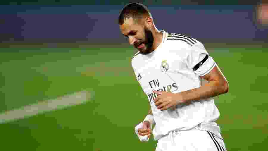 Benzema, atacante do Real Madrid, marcou na última partida contra a Real Sociedad e irá enfrentar hoje o Mallorca em busca da permanência na liderança - Oscar J. Barroso / AFP7 / Europa Press Sports via Getty Images