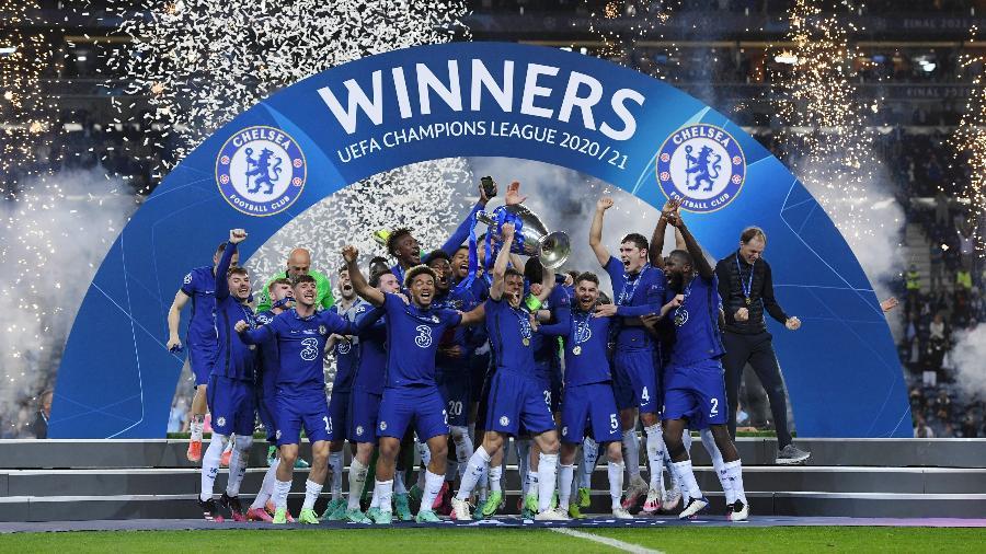 Chelsea celebra o título da Champions League após vencer o City - Alex Caparros - UEFA/UEFA via Getty Images