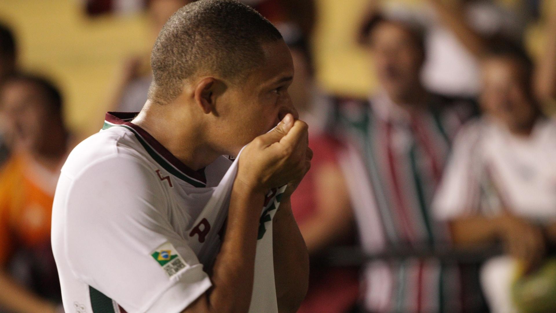 Wellington Silva comemora o gol do Fluminense contra o Criciúma
