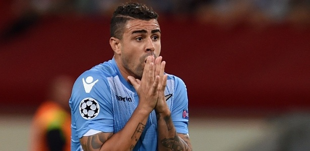 Mauricio jogou pela Lazio - PATRIK STOLLARZ/AFP