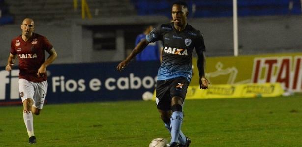 Patrick Vieira, jogador do Londrina
