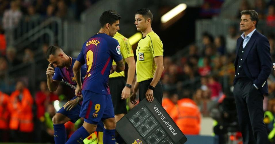 Suárez é substituído em vitória do Barcelona